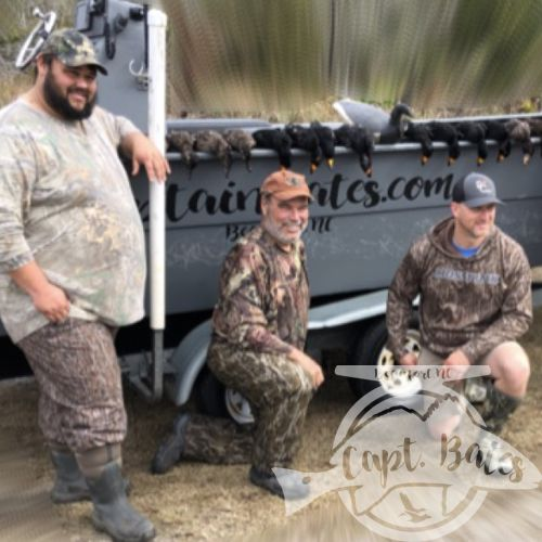 Great hunt today! Repeat client brought in some friends from the flooded timber of Arkansas that could flat out shoot! They got it done  in the layout and the scissor rig! Thanks Capt. Jamie L. Player for running the other boat! Great hunting, lots of laughing, and a damn good time was had!
