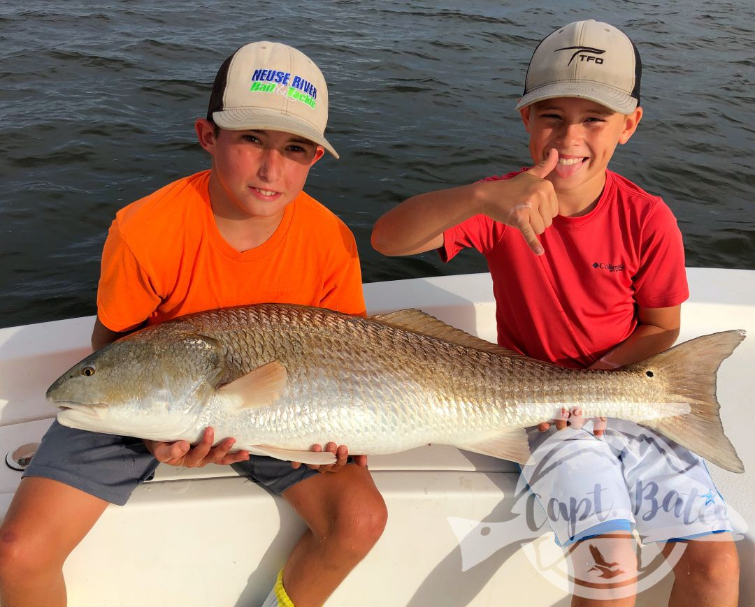 Had a great couple hours this afternoon  with my Son Buddy, and his best friend Corbett! Corbett did an excellent job hooking and fighting these Neuse River buffalo reds! Was super proud of the way Buddy helped him, untangling lines, giving instruction, netting the fish, and encouraging his friend! I think he's starting to feel the enjoyment from helping others catch their fish of a lifetime!