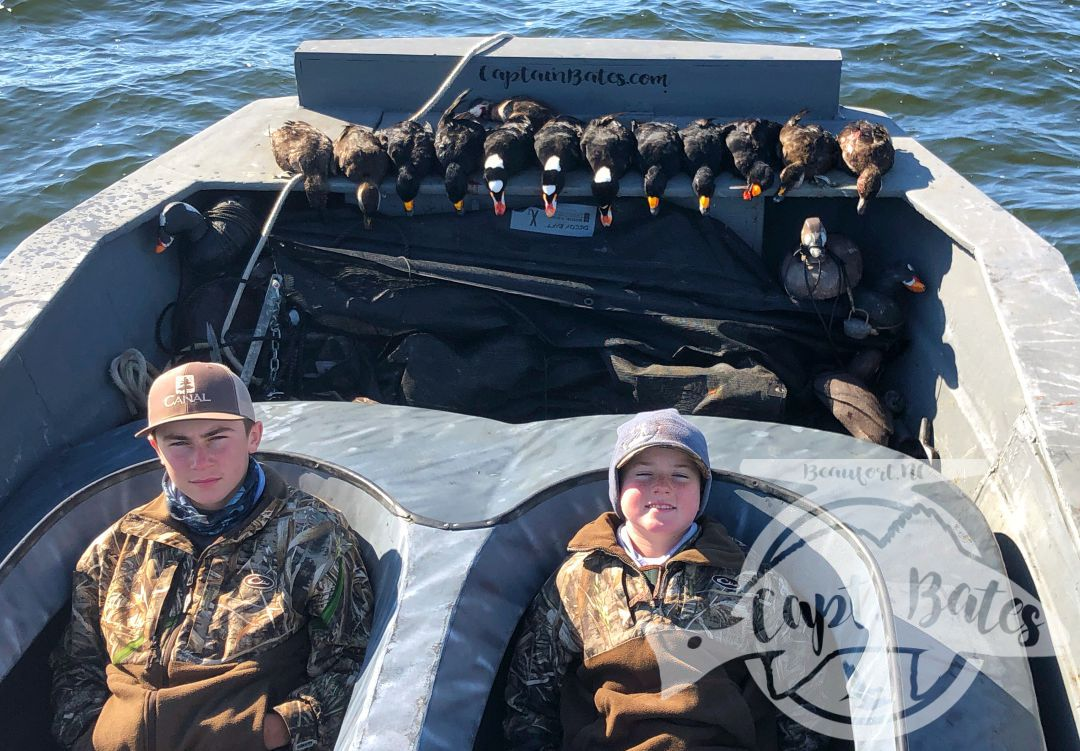 Great shoot for these 3! Their first time ever in layout boats! Things started out really slow so we picked up and moved to another area and boy did we make the right call! They shot their limits quickly and got a few surf scoters to mount!   That's one of the great things about layout hunting is the ability to pick up quickly and adjust when the ducks throw you a curve ball!